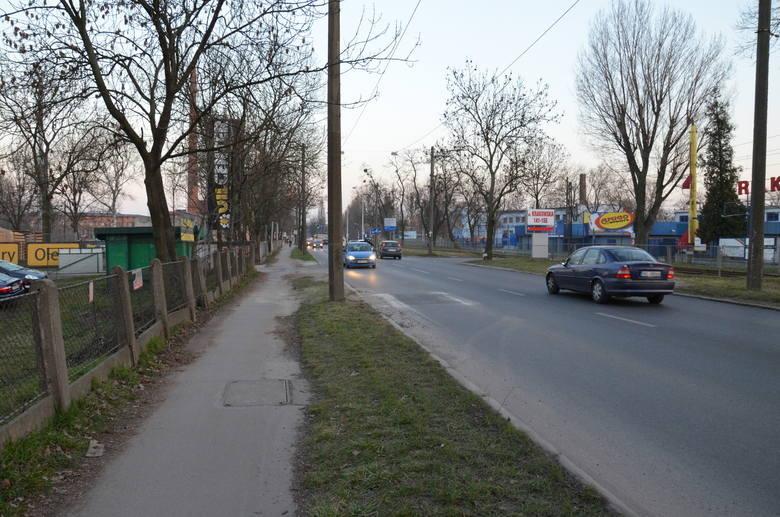 Kiedy załatają wykop na ul. Krakowskiej, przez który tworzą się korki? (ZDJĘCIA)