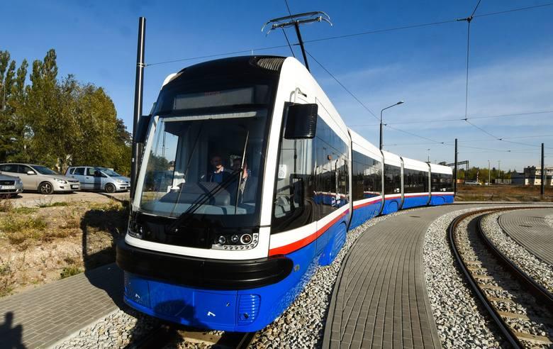 Przedstawiciel Pesy zapewniał wczoraj, że do 15 stycznia tramwaje do Fordonu będą gotowe. Opóźnienia w uruchomieniu linii do największej bydgoskiej sypialni wzbudziła sporo emocji.