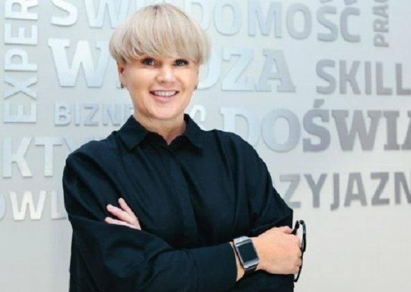 Ilona Walkowska: Warto postawić sobie cel: co ja mogę zrobić dla mojego kraju, rodziny... Usiąść i podzielić tort życia od nowa.