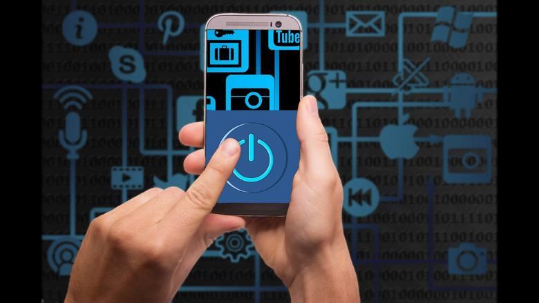 Zastanawiacie się, co się czasami dzieje z waszym smartfonem? Bateria krócej trzyma, często się wiesza, sam wybudza ekran... Te i inne objawy mogą być