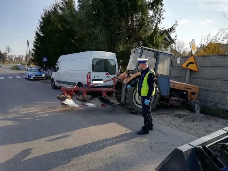 Wszystko działo się 2 kwietnia po godz. 16. Funkcjonariusz Komendy Powiatowej Policji w Pajęcznie w czasie wolnym od służby jechał przez miejscowość