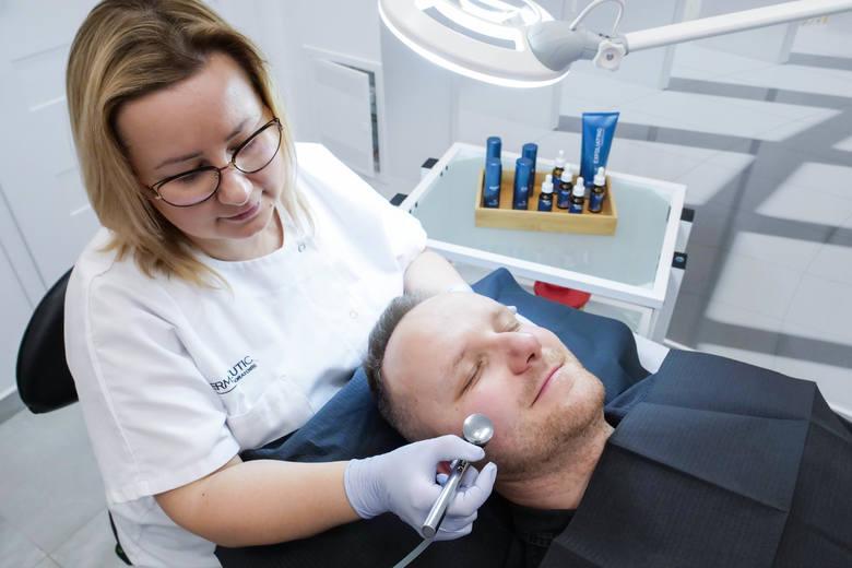 Pierwsze urodziny Laser Clinic – kliniki kosmetologii laserowej i estetycznej w Kielcach. Bony o wartości 100 złotych na zabiegi