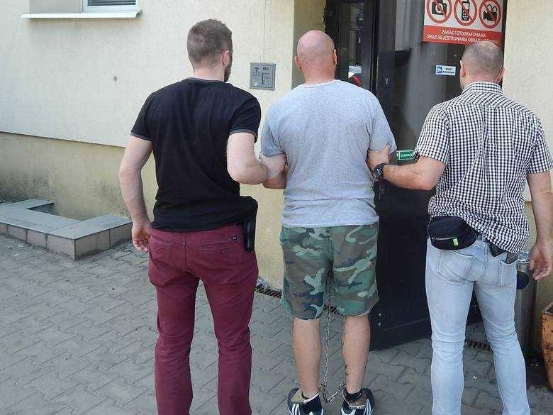 Dziś (19.08) Prokuratura Okręgowa we Włocławku poinformowała, że radziejowscy śledczy przedstawili zarzuty Pawłowi G., Tomaszowi M. i Andrzejowi P.,.