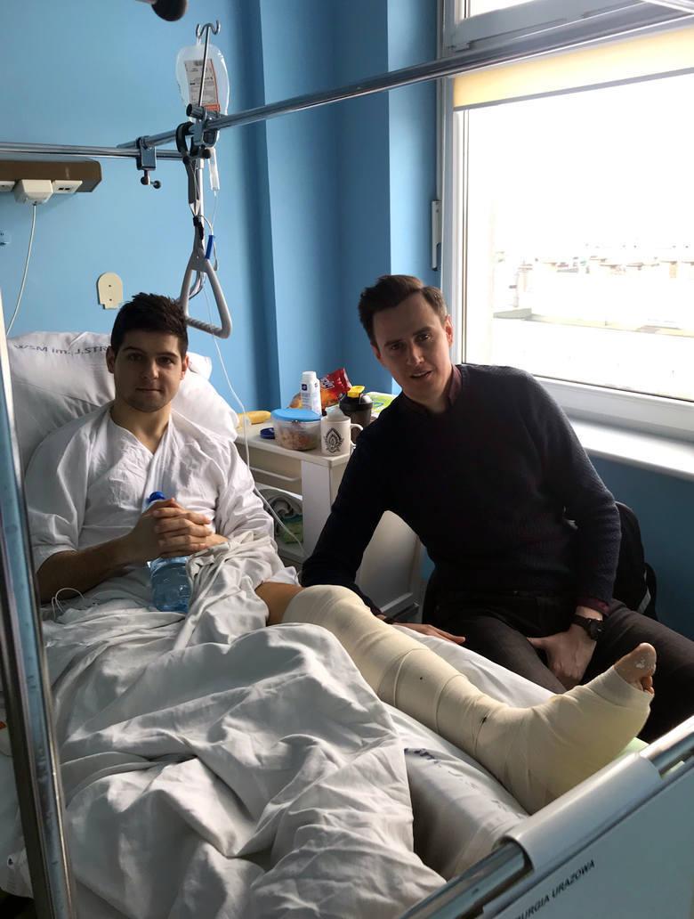 Poznań: Rywal złamał nogę piłkarzowi po brutalnym faulu. Pokrzywdzony będzie domagał się odszkodowania w sądzie