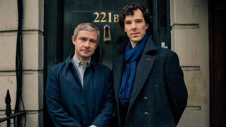 SherlockDrugi i ostatni brytyjski serial na naszej liście. Współczesna adaptacja przygód Sherlocka Holmesa i Johna Watsona. Serial jest wciągający, nieustannie