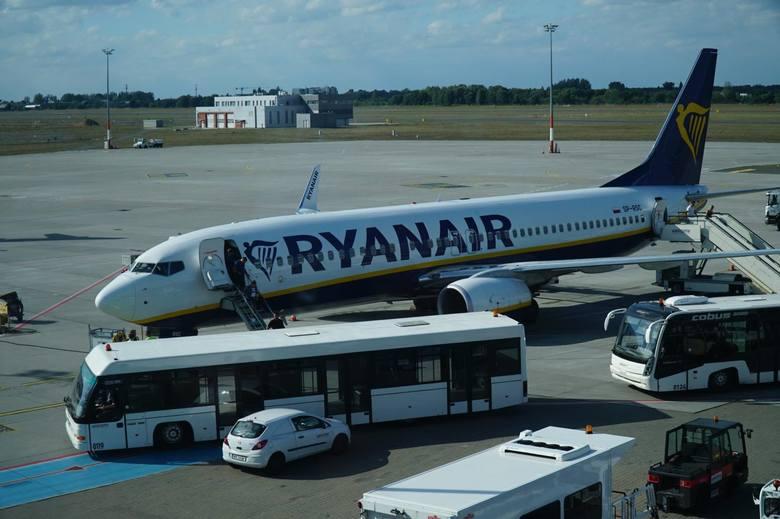 O nowych połączeniach przedstawiciele Ryanair poinformowali w piątek, 10 lipca. Z Polski ogłoszono otwarcie trzech nowych tras, w tym z Poznania do