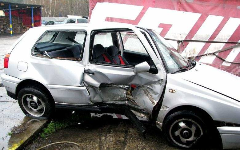 15-latek spowodował wypadek w Kędzierzynie i uciekł
