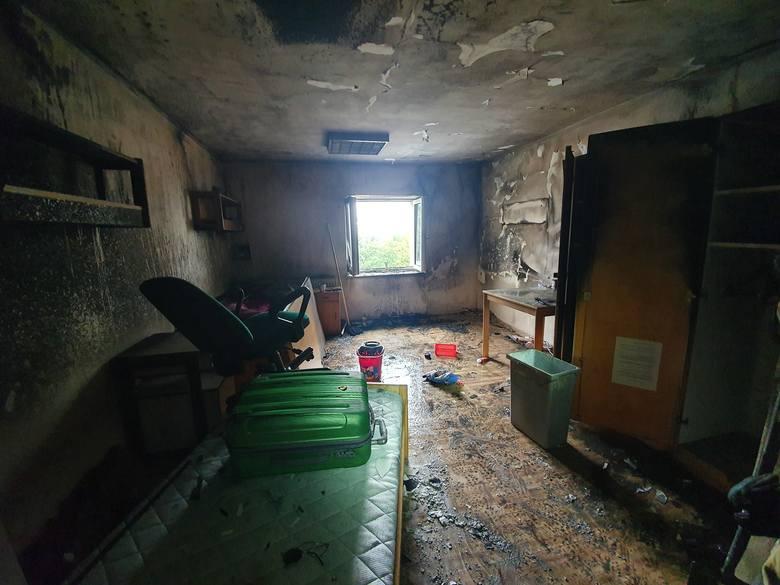 W niedzielne popołudnie w Młodzieżowym Ośrodku Wychowawczym w Czaplinku doszło do pożaru.Do pożaru doszło w jednym z pomieszczeń znajdujących się na