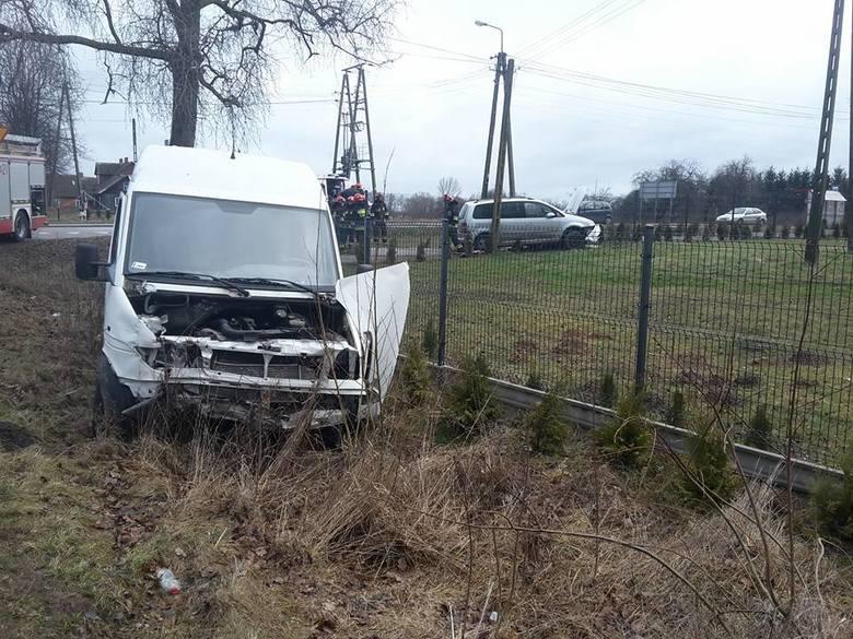 W czwartek, około godz. 7.30, strażacy z OSP KSRG Turośń Kościelna pojechali do wypadku samochodowego w miejscowości Tołcze.