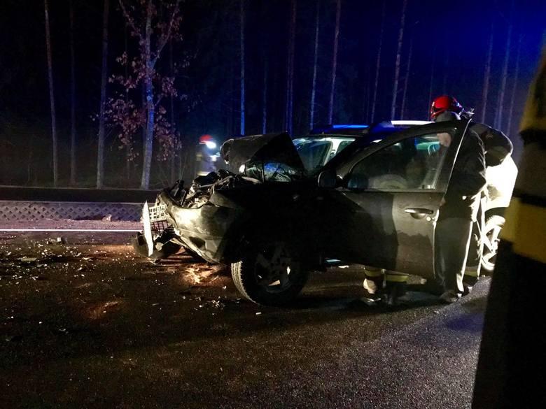 W poniedziałek przed godziną 17 doszło do kolizji doszło na trasie Supraśl-Białystok, tuż przed wjazdem do Supraśla. Zderzyły się samochód osobowy i