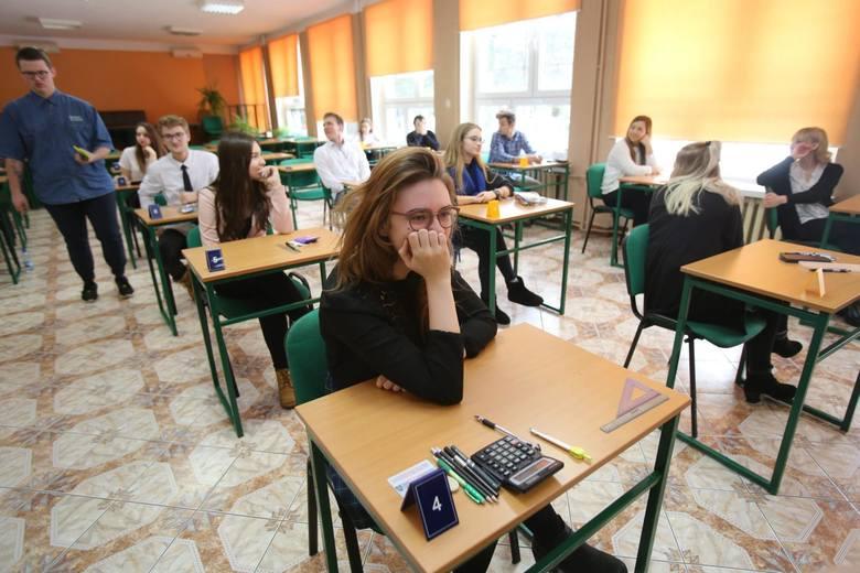 Egzamin zawodowy 2019 za nami. Ci, którzy zmierzyli się z częścią teoretyczną, szukają odpowiedzi w internecie. Na naszej stronie opublikujemy klucze