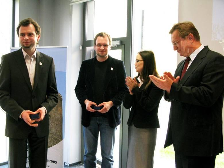 Od lewej: Maksymilian Antkowiak, Mateusz Antkowiak, Iwona Solisz oraz Ryszard Wilczyński.