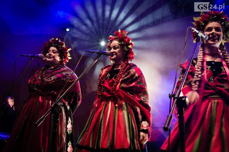 Zobaczcie zdjęcia z koncertu zespołu Tulia na obchody Święta Niepodległości. Zobacz także: Marsz Niepodległości w Szczecinie