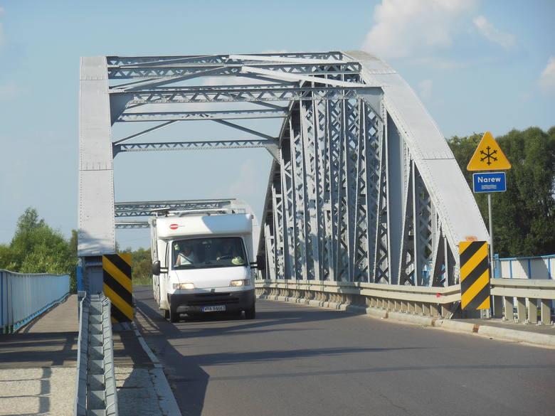 Most w Tykocinie nad rzeką Narwią