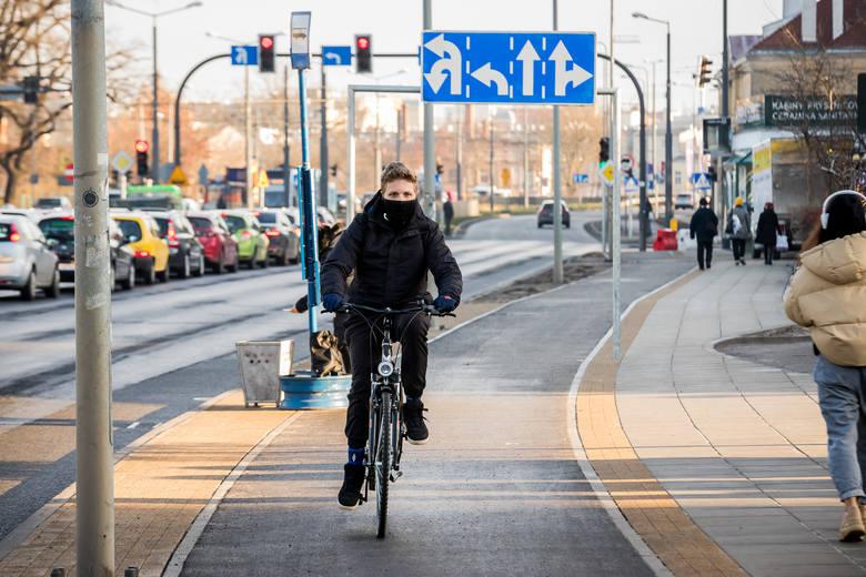 - Umowa na świadczenie usługi będzie obowiązywała tylko przez rok 2021 i opierać się będzie na istniejącym, obecnie użytkowanym zapleczu rowerowym oraz istniejących stacjach - mówi Tomasz Okoński, rzecznik prasowy Zarządu Dróg Miejskich i Komunikacji Publicznej w Bydgoszczy.