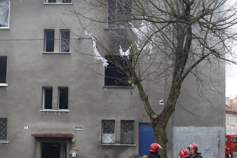 W Bytomiu przy Skwerze Heleny Modrzejewskiej doszło do wybuchu gazu. Dwie osoby nie żyją