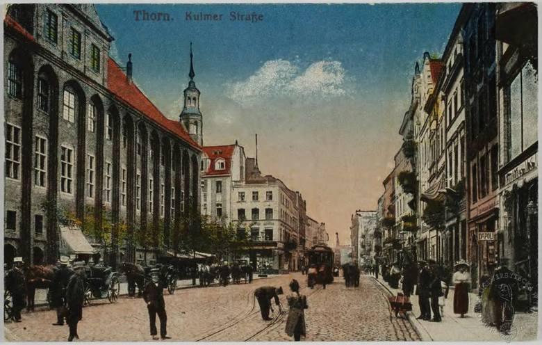 O budowie linii kolei elektrycznej na Chełmińskie Przedmieście mówiło się już i pisało w 1903 roku. Projekt udało się zrealizować w roku 1907. Linia