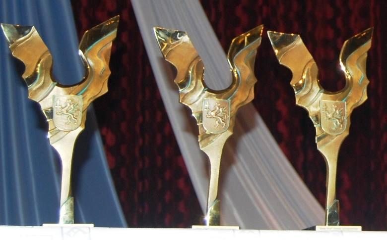 W piątkowy wieczór odbyła się gala wręczenia Złotych Gryfów Powiatu Jędrzejowskiego. Decyzją Kapituły Honorowej nagrody zostały przyznane w 5 kategoriach:
