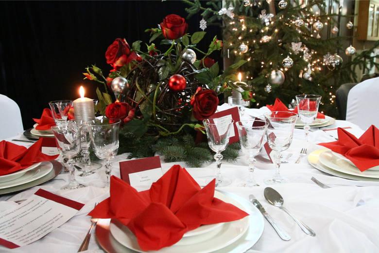 Potrawy wigilijne. Co musi się znaleźć na świątecznym stole? W naszej galerii znajdziecie 12 potraw na Wigilię, o których nie możecie zapomnieć. Pamiętajcie,