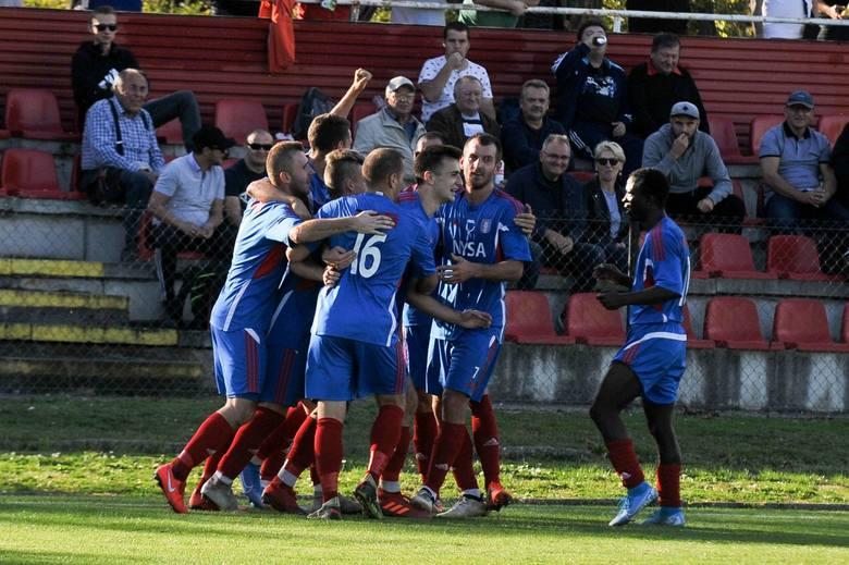 Dziś mija miesiąc odkąd po raz ostatni, i w większości pierwszy, przedstawiciele BS Leśnica 4 liga wybiegli na boiska tej piłkarskiej wiosny. W związku