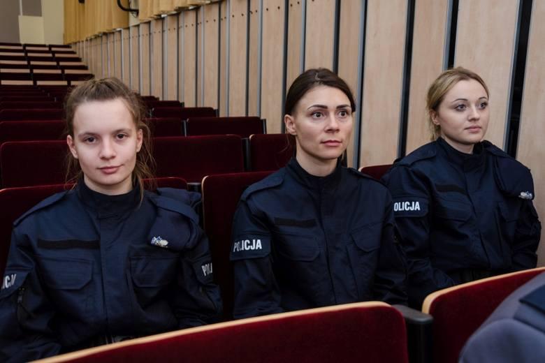 Nowi słuchacze w Szkole Policji w Słupsku (zdjęcia)