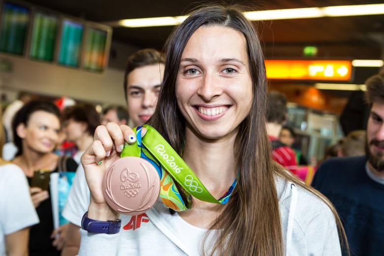 Złote medalistki - Natalia Madaj i Magda Fularczyk-Kozłowska.
