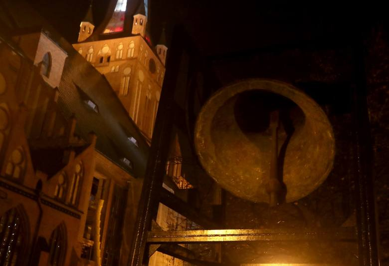 Złoty Dzwon Niepodległości w szczecińskiej katedrze [ZDJĘCIA, WIDEO]