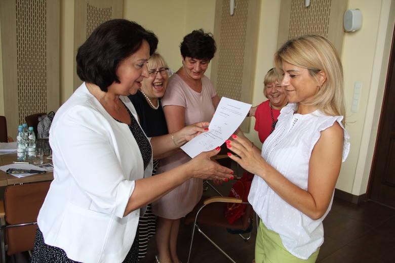 Brzezińskie nauczycielki z awansami zawodowymi. Będą zarabiać więcej