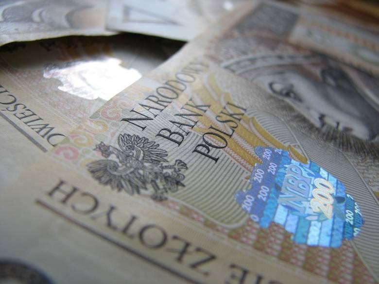 Ponad 100 firm oferujących m.in. kredyty i pożyczki umieszczono na liście ostrzeżeń publicznych Komisji Nadzoru Finansowego.