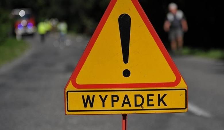 Trzy samochody zderzyły się w Zawadzie. Są utrudnienia na trasie Dębica - Sędziszów Małopolski