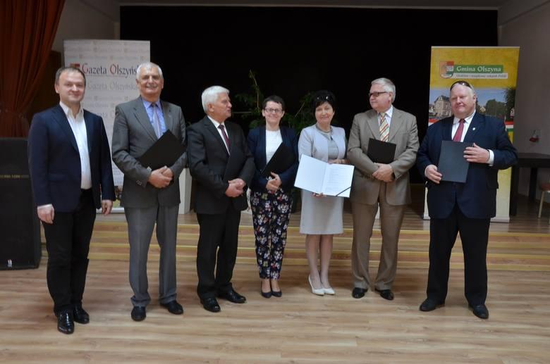 od prawej:·Olgierd Poniźnik, burmistrz Gryfowa Śląskiego,· Ryszard Czosnyka, wiceprezes spółki Olszyna PS Energetyka Odnawialna,·Halina Białoń, sekretarz