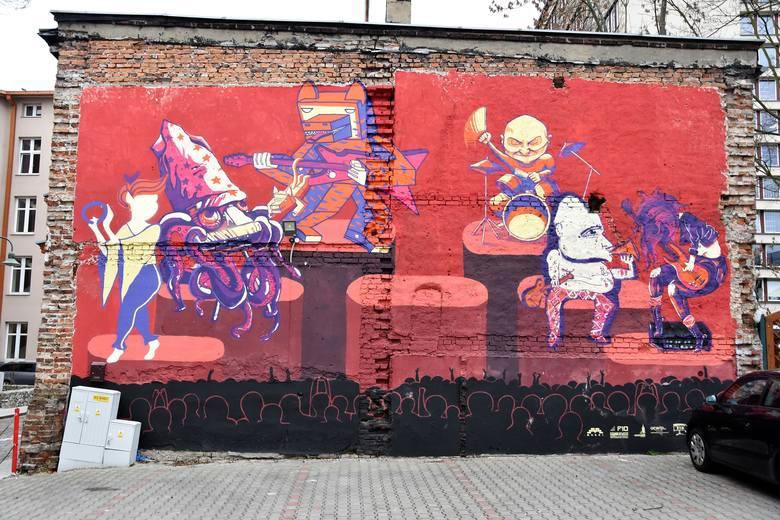 W minionym roku motywem przewodnim prac Murków najczęściej była muzyka. To praca z budynku na Ostrówku.