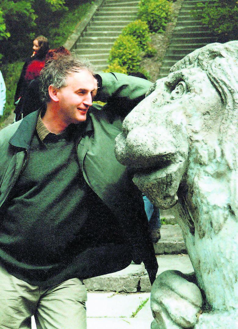 Mariusz Olbromski (rocznik 1955) – poeta i literaturoznawca, bard Krzemieńca, autor wielu książek o Kresach. Fot. Andrzej Olbromski