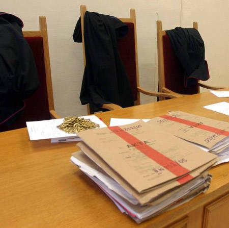 Werdykt sądu usłyszą były prezydent miasta Zygmunt L. i jego zastępca Andrzej J. Grozi im rok więzienia w zawieszeniu na trzy lata.