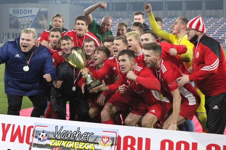Pilica Białobrzegi pokonała Energię Kozienice i zdobyła regionalny Puchar Polski! (DUŻO ZDJĘĆ)