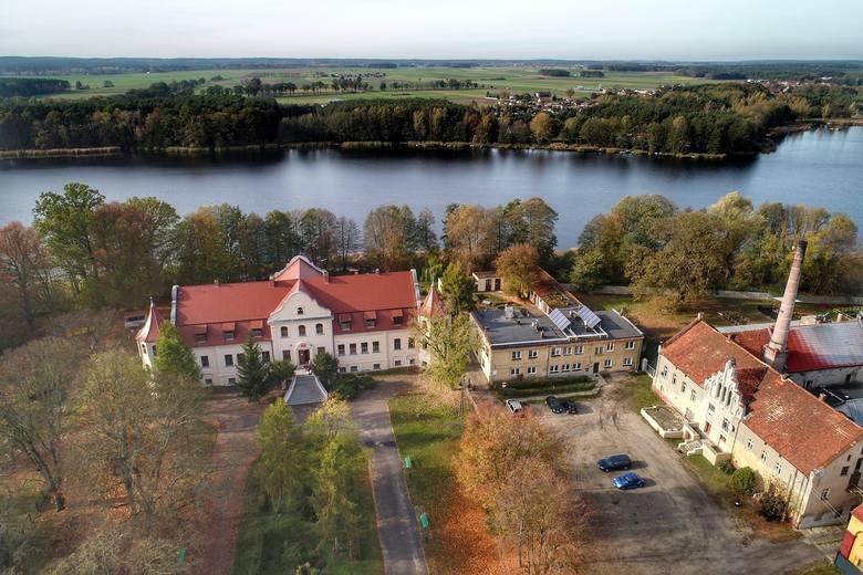 Jezioro Wojnowskie i Wojnowo na fotografiach z lotu ptaka autorstwa Grzegorza Walkowskiego