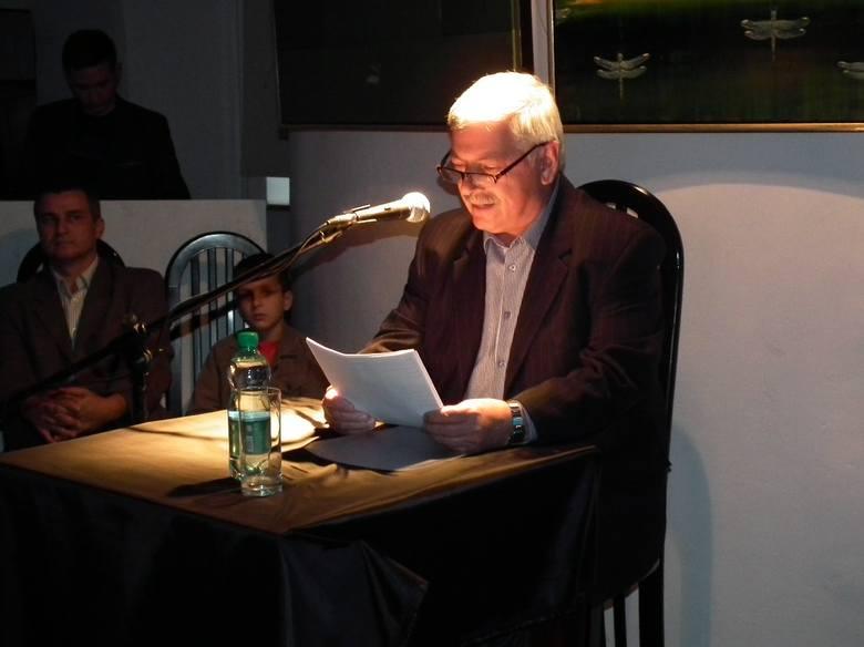 Fragmenty książki czytał Marek Oleszczuk