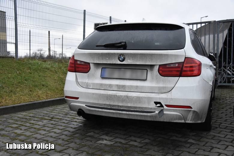 Żagańscy policjanci dostali wezwanie do zdarzenia drogowego, w którym uczestniczyło białe BMW. Jak się okazało, samochód został skradziony na terenie