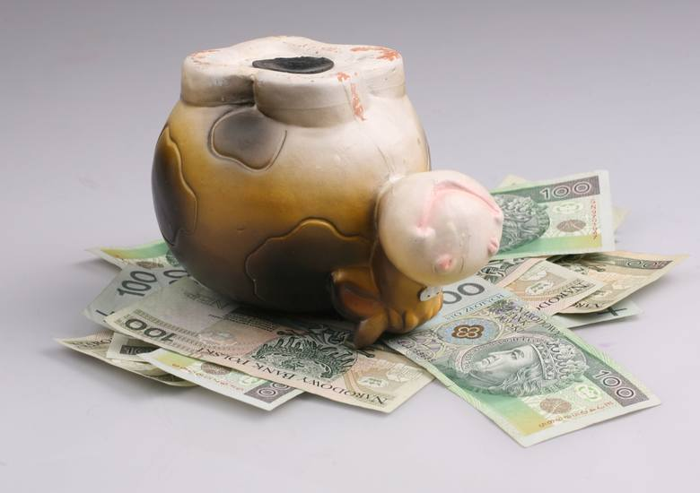 Dokonując wyboru podmiotu w którym będziemy lokować nasze pieniądze, z dużym dystansem powinniśmy podchodzić do podmiotów oferujących ponadprzeciętne