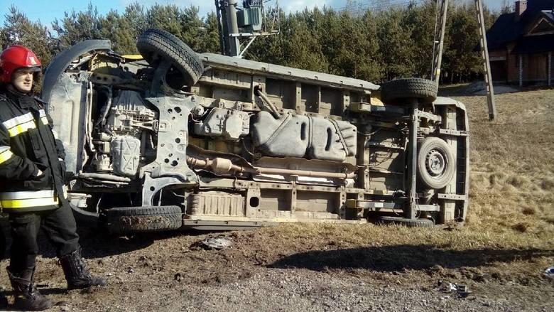 Wypadek na drodze krajowej numer 79 w gminie Osiek. Ranny kierowca