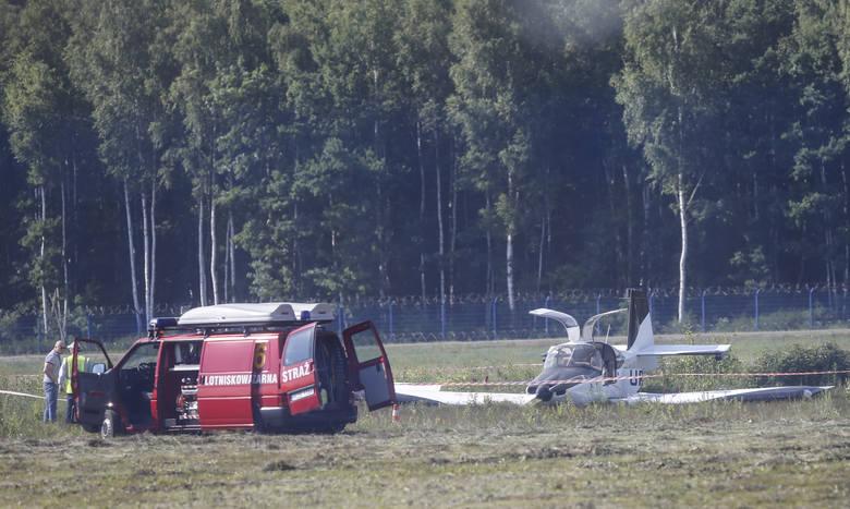 Na lotnisku w podrzeszowskiej Jasionce rozbiła się awionetka. Ranne zostały trzy osoby. Lotnisko było zamknięte, przed godz. 17 ruch został przywrócony.Do