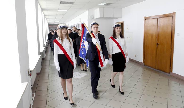 - Uniwersytet Rzeszowski został powołany w chwili powszechnej zgody i akceptacji wszystkich środowisk, którym leżało na sercu dobro Podkarpacia, Rzeszowa