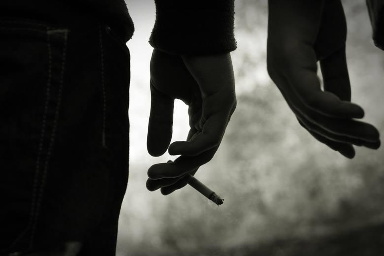 Palenie papierosów jest jednym z głównych, tuż obok płci i wieku, czynników ryzyka samoistnego nadciśnienia tętniczego. Według definicji tego typu stan