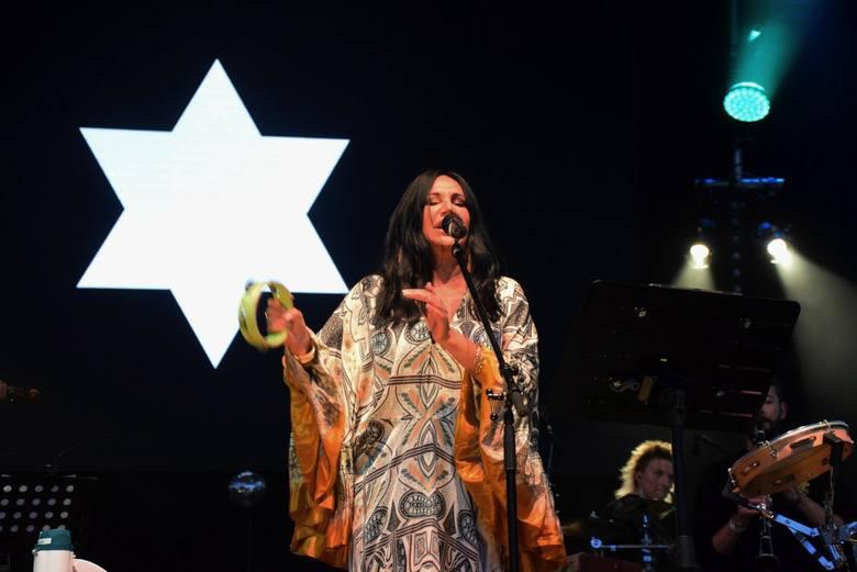 Kayah, wokalistka i producentka muzyczna założyła wytwórnię płytową z myślą o wydawaniu w niej własnych płyt.