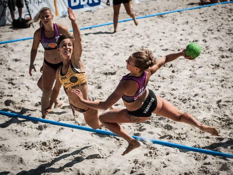 Podczas minionego weekendu w Darłowie rozgrywane były Finały Mistrzostw Polski PGNiG Summer Superligi w piłce ręcznej plażowej. Zobaczcie zdjęcia!Zobacz