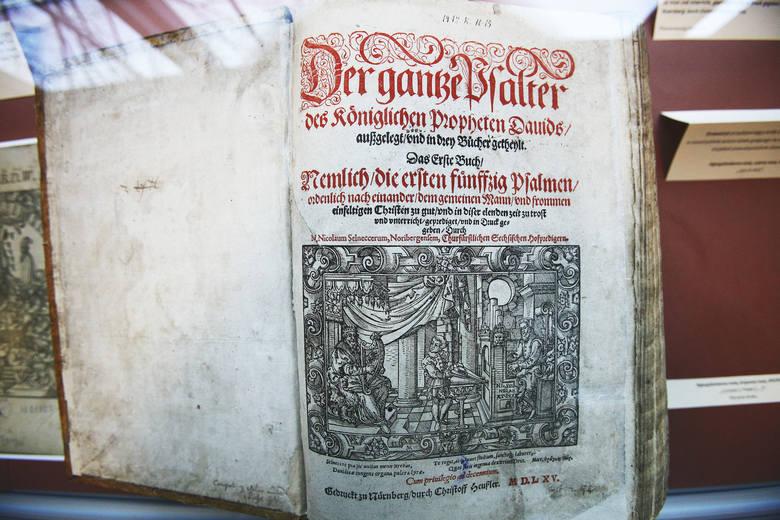 Biblia Dieterbergera na wyciągnięcie ręki w Bibliotece Uniwersytetu Łódzkiego
