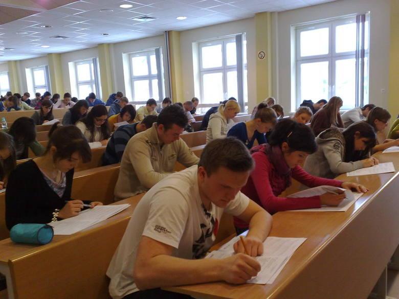 Do matury z Pomorską przystąpili też uczniowie III LO w Brodnicy