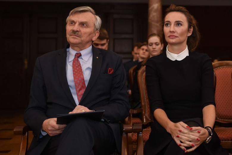 Dominika Kulczyk i rektor UAM, prof. dr hab. Bronisław Marciniak
