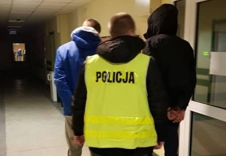 Narkotyki na Bałutach. Policja zatrzymała trzech mężczyzn powiązanych ze środowiskiem pseudokibiców