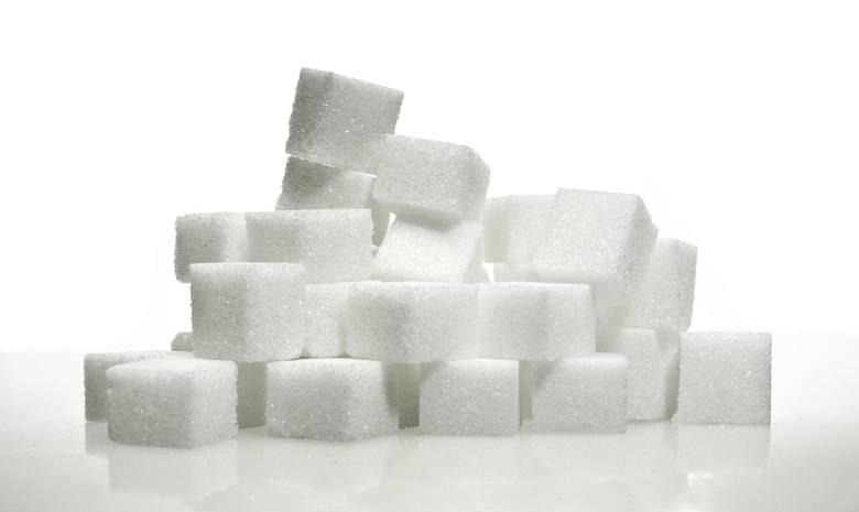 Podatek od cukru ma walczyć z otyłością Polaków